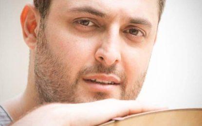 بابک میرزایی(عود، تار و سه تار، سلفژ و صداسازى، آواز تلفيقى، ايرانى و پاپ)