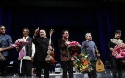 کیوان ساکت و وحید تاج کنسرت خیریه برگزار کردند
