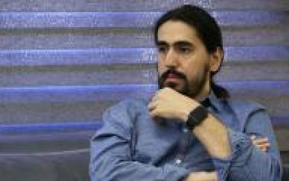 گفتار «آرش پاکزاد» درباره اجرای «میلاد درخشانی» در سالن ایوان شمس